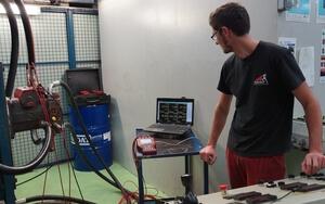 Nos techniciens sont spécialisés dans la réparation de pompe et moteur Rexroth