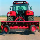 Lift assistance for agricultural tractors