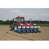 Seed drill hydraulic drives