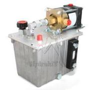 Pompe hydropneumatique 180bar - 2L/min - réservoir 3L